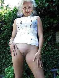 Mature prostitutes are revealing their holes